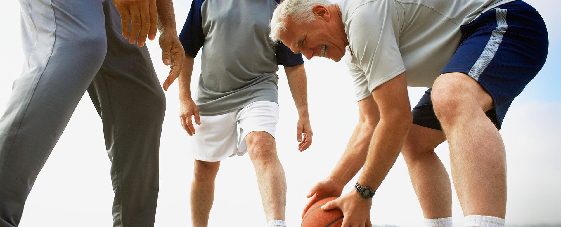 Senioren beim Basketball