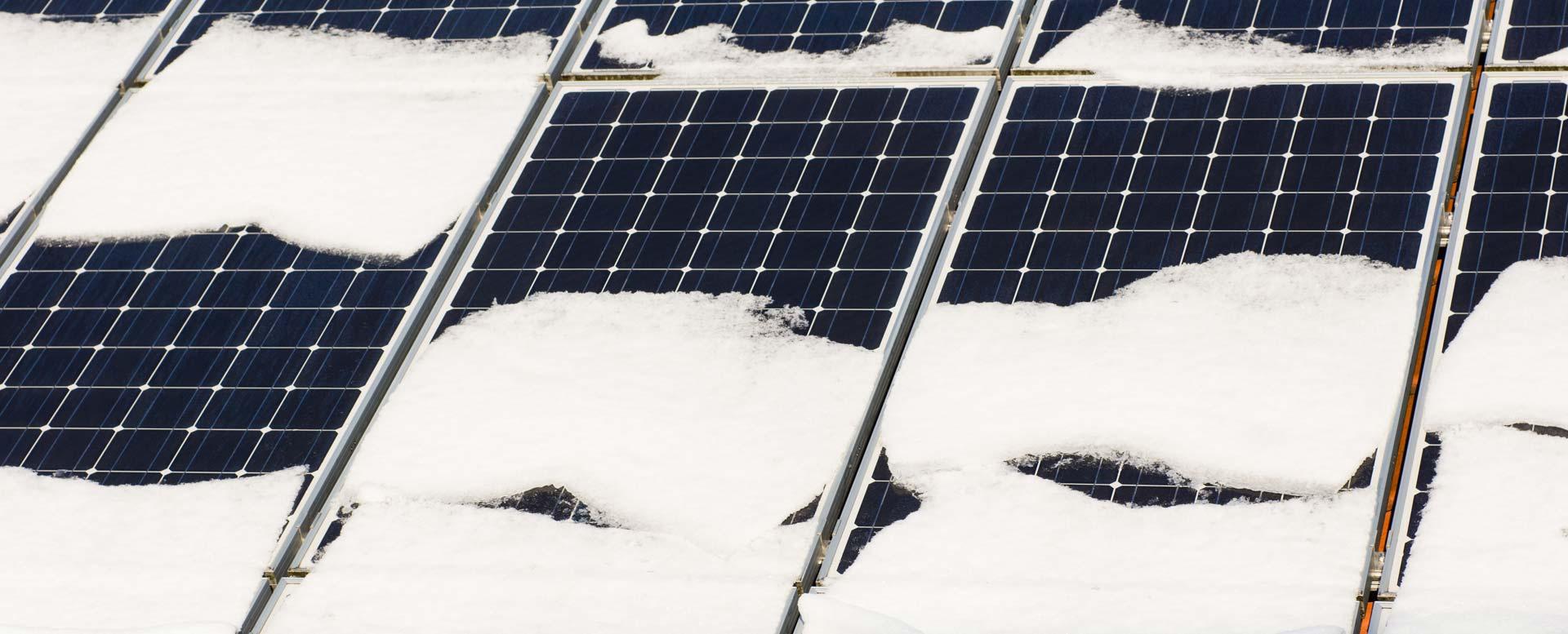 Schneedruck bei Photovoltaik und Solarthermie