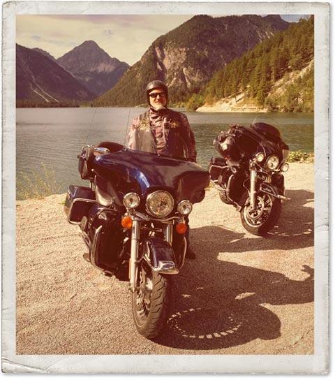 MAXX auf Tour mit seiner Harley-Davidson®
