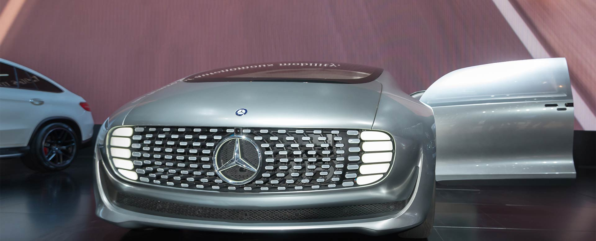 Konzeptauto F015 von Mercedes - selbstfahrendes Auto