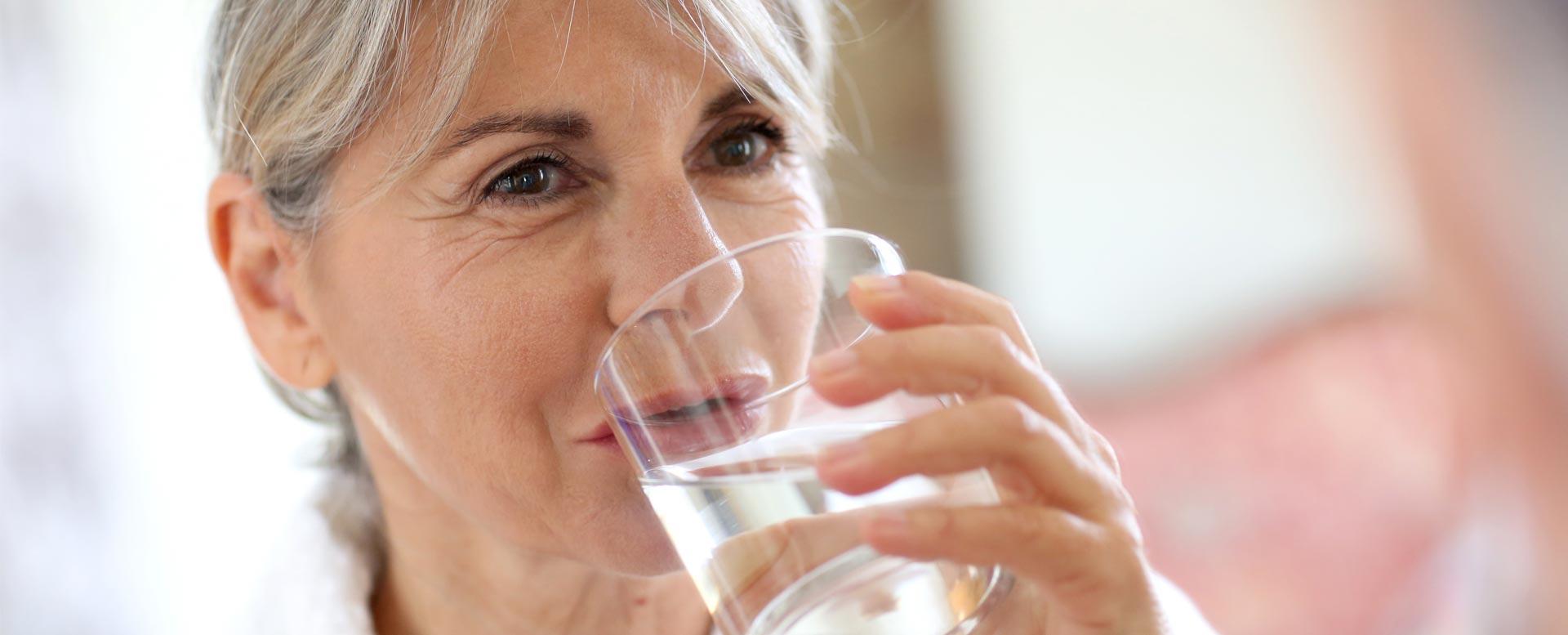 Flüssigkeitsmangel im Alter