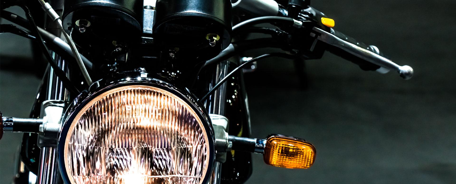 Motorrad überführen: Fahrzeug sicher an den Zielort bringen